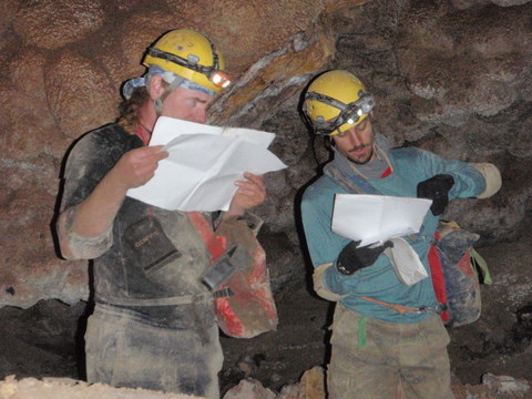 Colorado Cavers in Jewel Cave
